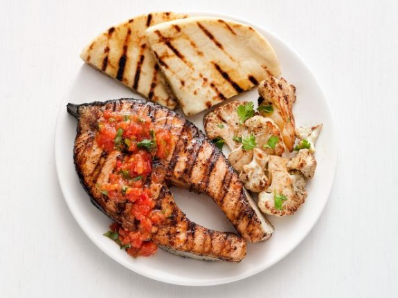 how to cook salmon with skin on the grill